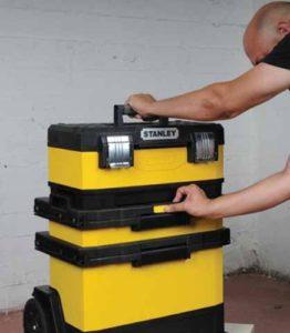 boite à outils stanley avec roues